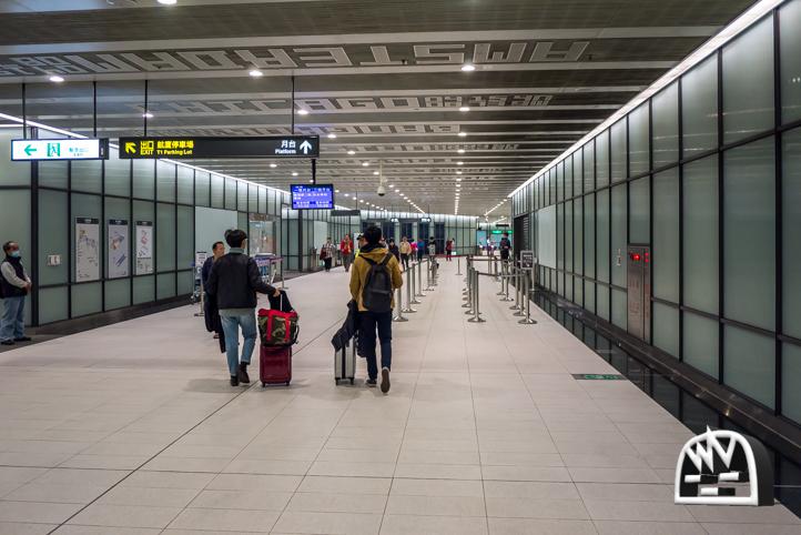 桃園空港MRTターミナル1通路写真2
